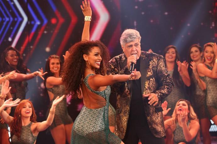 Magal fez todo mundo dançar ao som de 'Sandra Rosa Madalena' (Foto: Carol Caminha/Gshow)