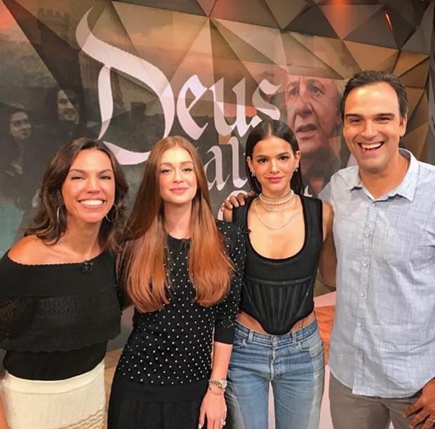Marina Ruy Barbosa e Bruna Marquezine no Fantástico (Foto: Reprodução/Instagram)