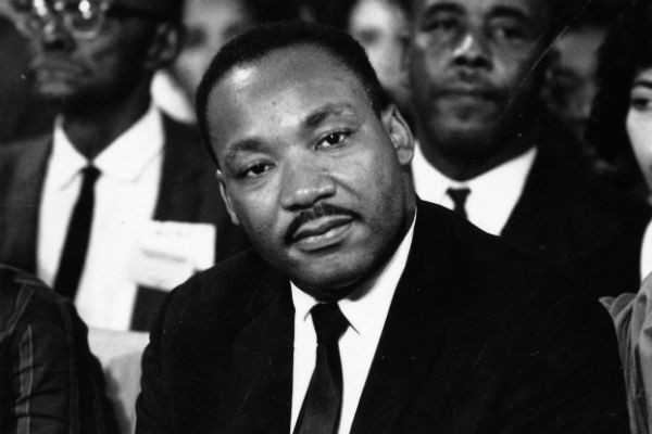 Peça com ator branco no papel de Martin Luther King irritou autora do espetáculo (Foto: Getty Images)
