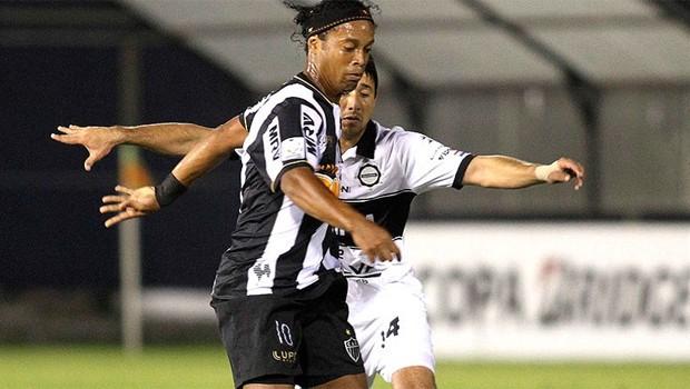 Futebol 2013 (Foto: Reuters/ Reprodução Globoesporte.com)