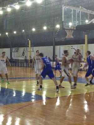 Uberlândia Brasília basquete quadrangular Praia Clube (Foto: Gullit Pacielle)