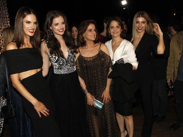 Alessandra Ambrósio, Agatha Moreira, Marieta Severo, Drica Moraes e Grazi Massafera em festa em São Paulo (Foto: Celso Tavares/ EGO)