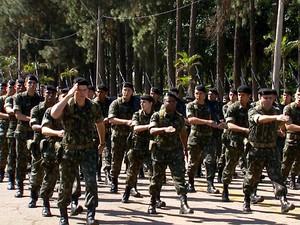Batalhão da Infantaria Leve do Exército participa de treinamento em Campinas para combate em área urbana  (Foto: Reprodução EPTV)