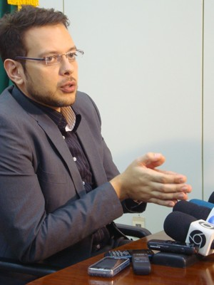 Diretor-geral disse que medidas do TRE vão agilizar o processo eleitoral (Foto: Krystine Carneiro/G1)