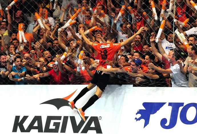 6eeb28da9b563 Final liga naciona de futsal  carlos barbosa (Foto  RICARDO ARTIFON)
