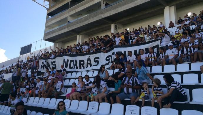 Torcida do ABC jogo-treino (Foto: Augusto Gomes/GloboEsporte.com)