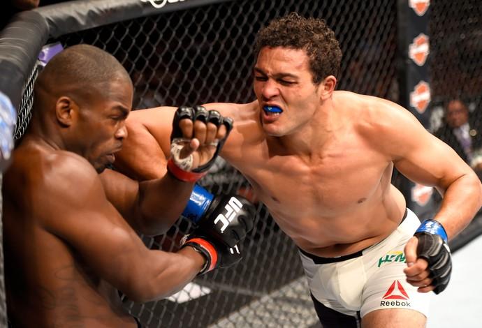 Henrique Frankenstein Jonathan Wilson UFC 199 (Foto: Getty Images)