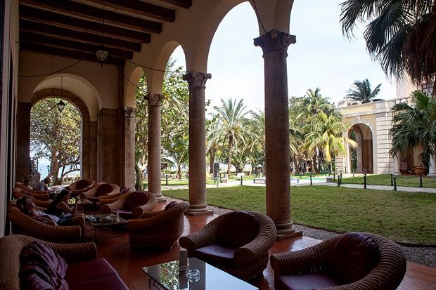 Varanda do Hotel Nacional de Cuba, prédio do Bar Galeria (Foto: Divulgação)