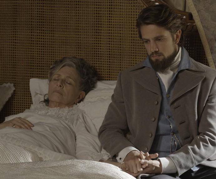 Vitória foi dopada, após Melissa trocar seus remédios (Foto: TV Globo)