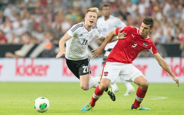 Marco Reus e Aleksandar Dragovic, Alemanha x Áustria Eliminatórias (Foto: Agência EFE)