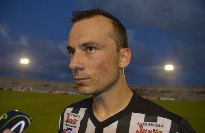 Plínio; Zagueiro; Botafogo-PB; Almeidão; (Foto: Amauri Aquino / GloboEsporte.com)