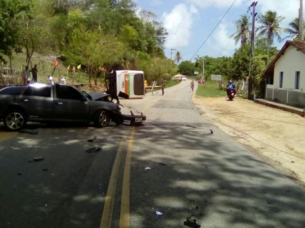 Acidente de trânsito na rodovia RN-269 em Canguaretama, RN (Foto: Divulgação/CPRE)