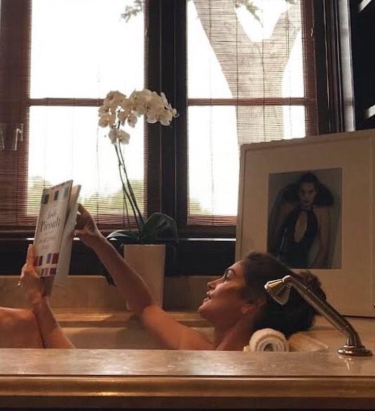 Cindy Crawford: momento relax (Foto: Instagram/Reprodução)