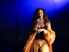 Roupa de Rihanna no Rock in Rio ganha memes e comparações na web