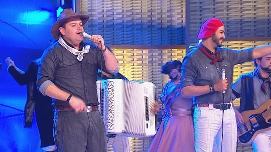 Tchê Barbaridade anima público da Fenadoce na gravação do Galpão Crioulo; confira música extra