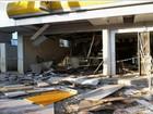 Polícia crê em 'ato coordenado' na explosão de duas agências bancárias