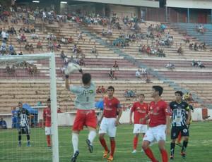 América-SP x Santos-AP - Copa São Paulo (Foto: Marcos Lavezo/Globoesporte.com)