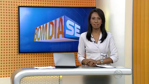 Maristela Niz apresenta o Bom Dia Sergipe desta quarta (Foto: Divulgação / TV Sergipe)