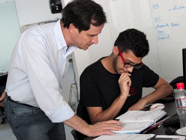 Empresário do ramo publicitário, de Varginha (MG), precisou contratar novos funcionários para atender a demanda de serviços relacionados às redes sociais (Foto: Reprodução/ Arquivo Pessoal)