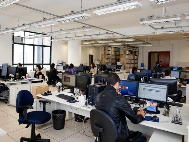 Fórum João Mendes, em São Paulo, aderiu ao trabalho à distância de funcionários 2 vezes por semana. Escreventes judiciários devem desempenhar atividades presenciais às segundas e sextas-feiras (Foto: Ricardo Lou/TJSP)