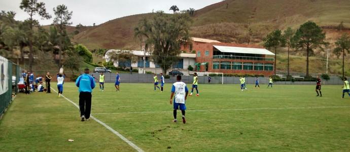 No sub-20, Barra Mansa vence Voltaço em jogo-treino em Pinheiral (Foto: Roberto Alves/Arquivo Pessoal)
