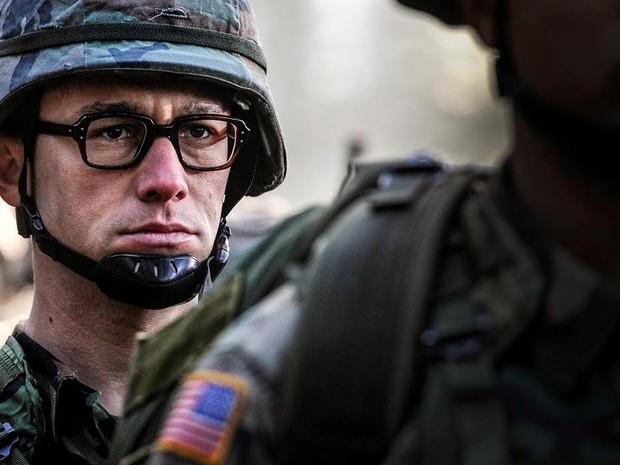 'Snowden' é dirigido por Oliver Stone com Joseph Gordon-Levitt no papel título (Foto: Divulgação)