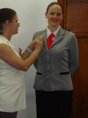 Beatriz fez curso para ser comissária de bordo (Foto: Reprodução/Facebook)