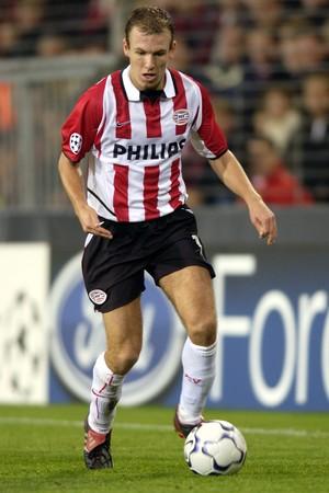 Robben, quando autava pelo PSV (Foto: David Rogers/Getty Images)