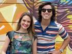Reencontro Brutinha! Rodrigo Simas visita Juliana Paiva nos bastidores de Malhação