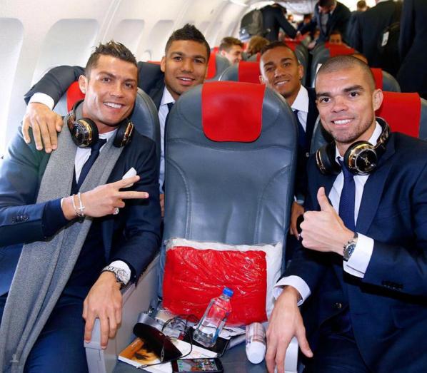 BLOG: Cristiano Ronaldo viaja com brasileiros para jogo da Champions na Alemanha