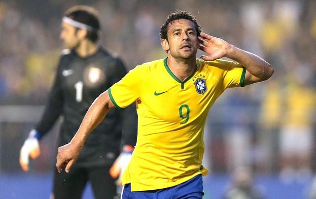 Fred gol Brasil x Sérvia amistoso (Foto: Wander Roberto / VIPCOMM)
