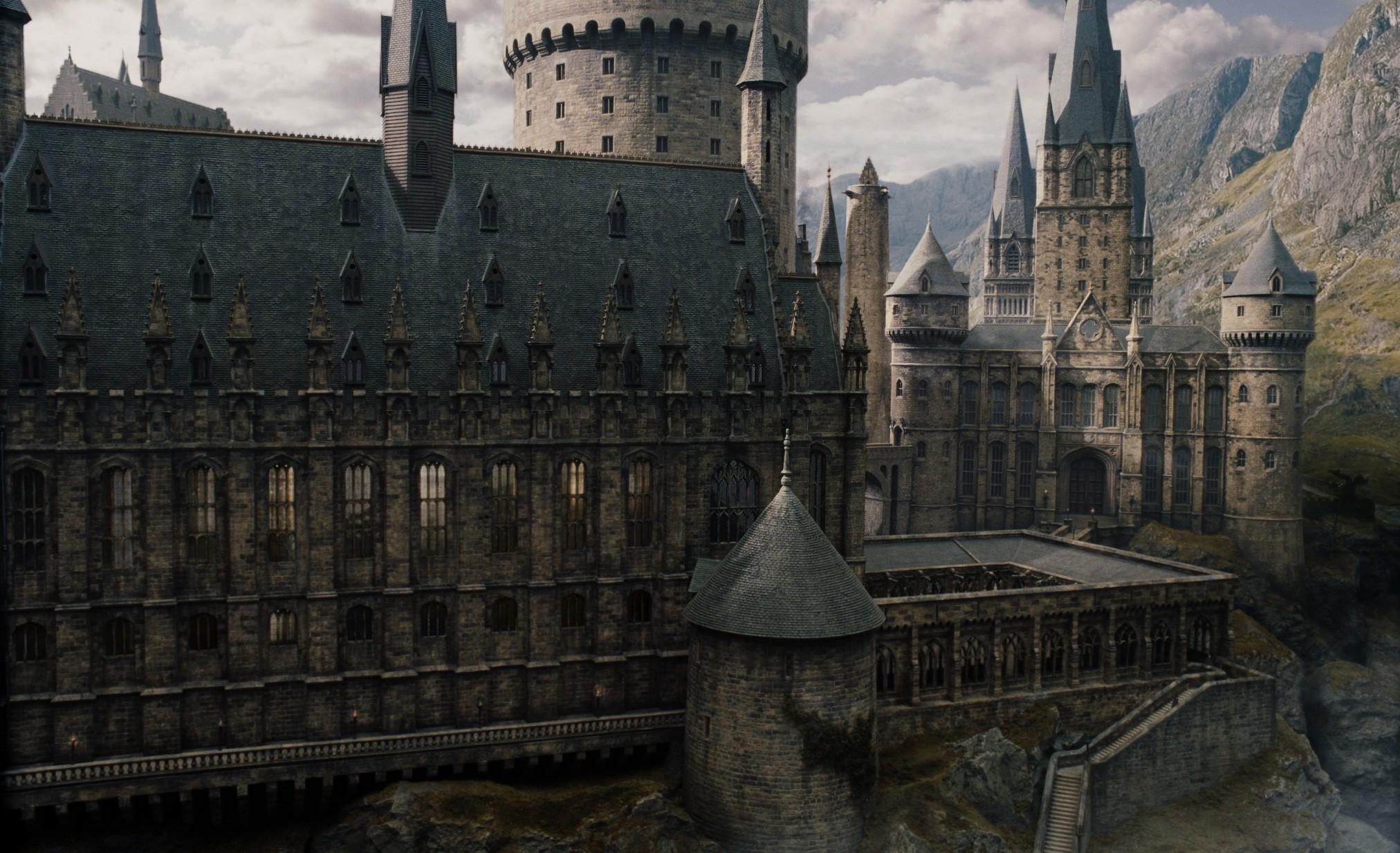 Castelo de Hogwarts no filme 'Harry Potter' (Foto: Divulgação)