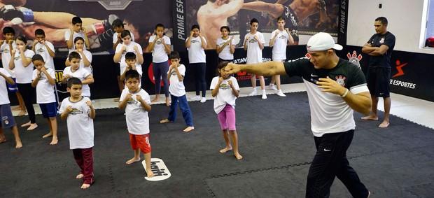 Junior Cigano Academia Corinthians MMA UFC (Foto: Marcos Ribolli / Globoesporte.com)