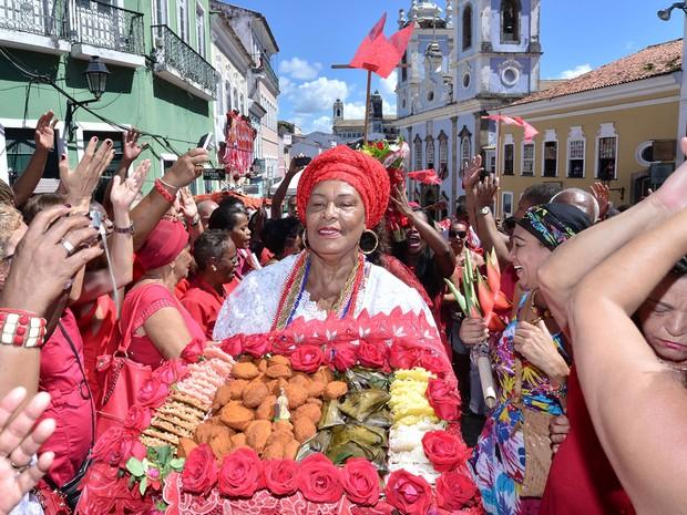 Lelia Dourado Homenagem A Santa B Rbara Em Salvador