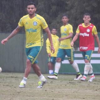 Cleiton Xavier treino Palmeiras (Foto: Rodrigo Faber)