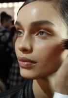 Confira vídeo com a maquiagem da Osklen Praia no Fashion Rio