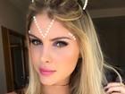 Bárbara Evans posa de gatinha em clima de carnaval: 'Partiu'