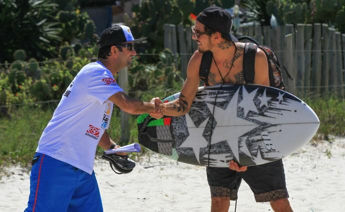 Amaury pereira e pedro scooby (Foto: Pedro Monteiro / SuperSurf)