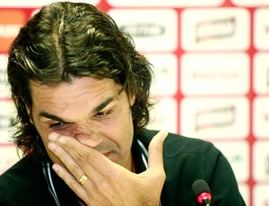 Fernandão chora na despedida do Internacional (Foto: Wesley Santos / PressDigital)