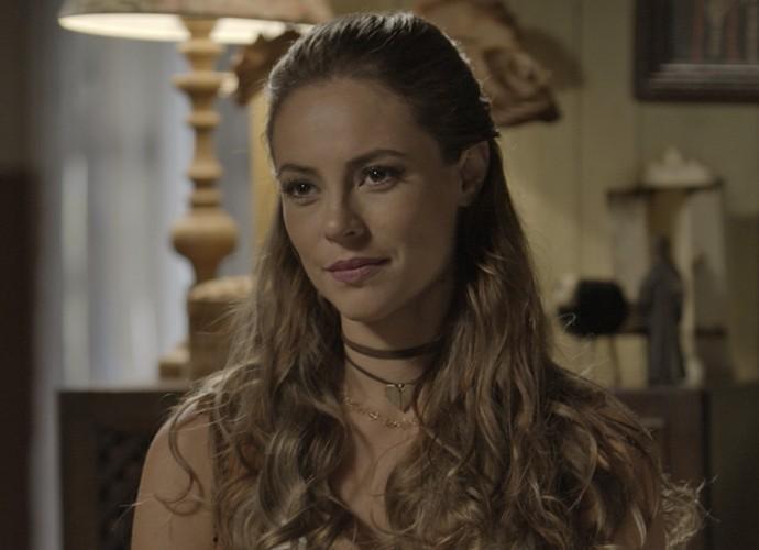 Melissa não gosta de ouvir as palavras de Felipe (Foto: TV Globo)