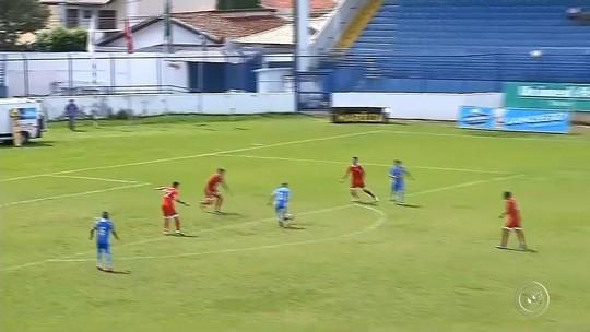 Marília vence Desportivo Brasil e escapa do rebaixamento; DB avança