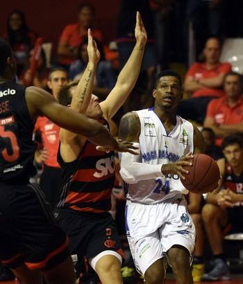 Flamengo x Mogi - semifinal nbb jogo 5 basquete (Foto: André Durão)