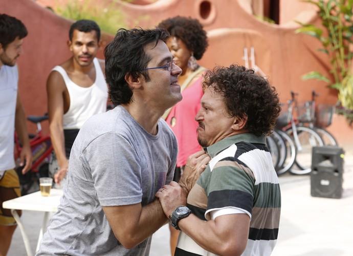 Oziel e Rui se enfrentam no Morro da Macaca (Foto: Ellen Soares/ Gshow)