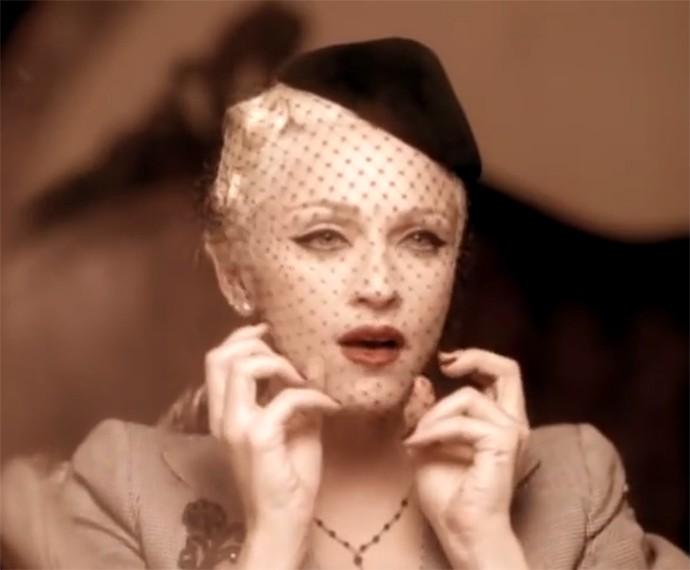 Com o clipe de Take a Bown, Madonna conseguiu o papel de Evita no cinema (Foto: Reprodução)