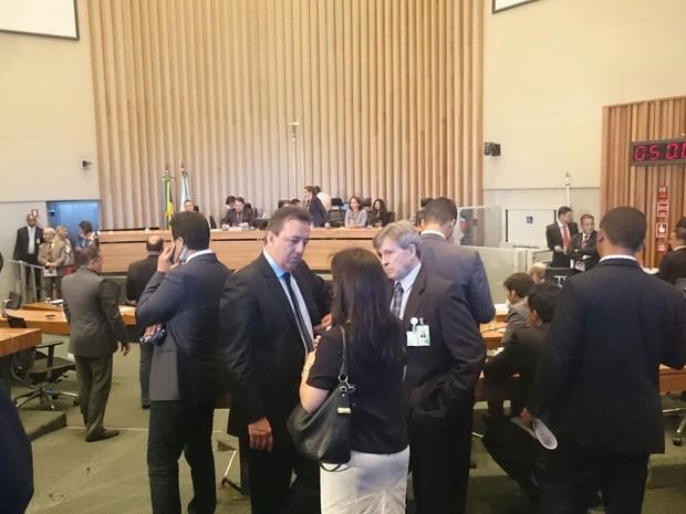 Plenário da Câmara Legislativa durante sessão nesta terça, a última do ano (Foto: Mateus Rodrigues/G1)