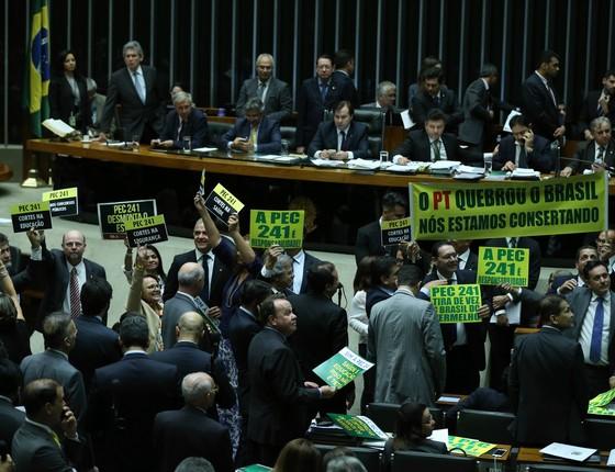 Votação da PEC 241 na Câmara dos Deputados  (Foto: Agência Brasil)