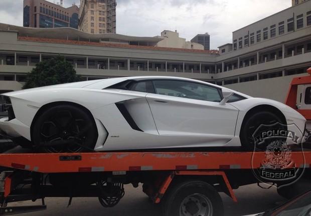 Lamborghini apreendida na casa de Eike (Foto: Reprodução/Facebook)