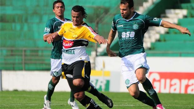 Lance do jogo entre Guarani e Criciúma (Foto: Rodrigo Villalba / Futura Press/ Agência Estado)