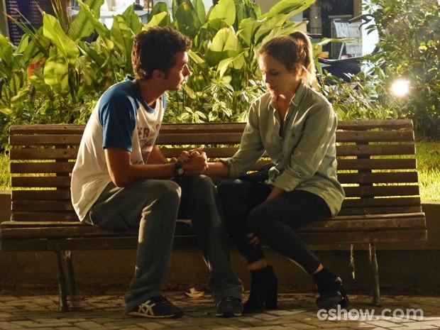 Ben e Anita conversando sobre eles (Foto: Malhação / TV Globo)