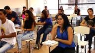 Estudantes prestam vestibular para a URCA